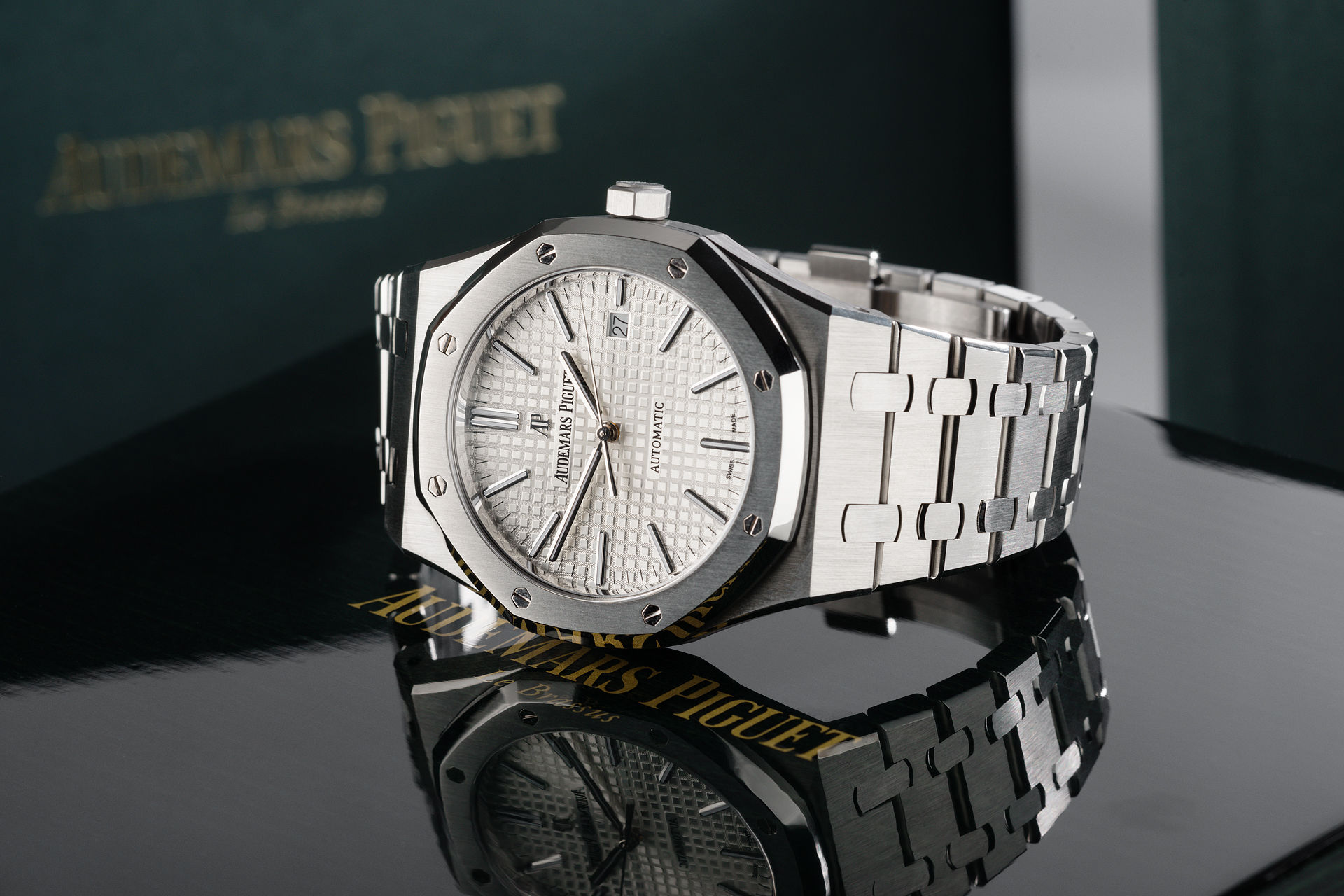 ref 15400ST.OO.1220ST.02 | 'Box & Certificate'  | Audemars Piguet Royal Oak