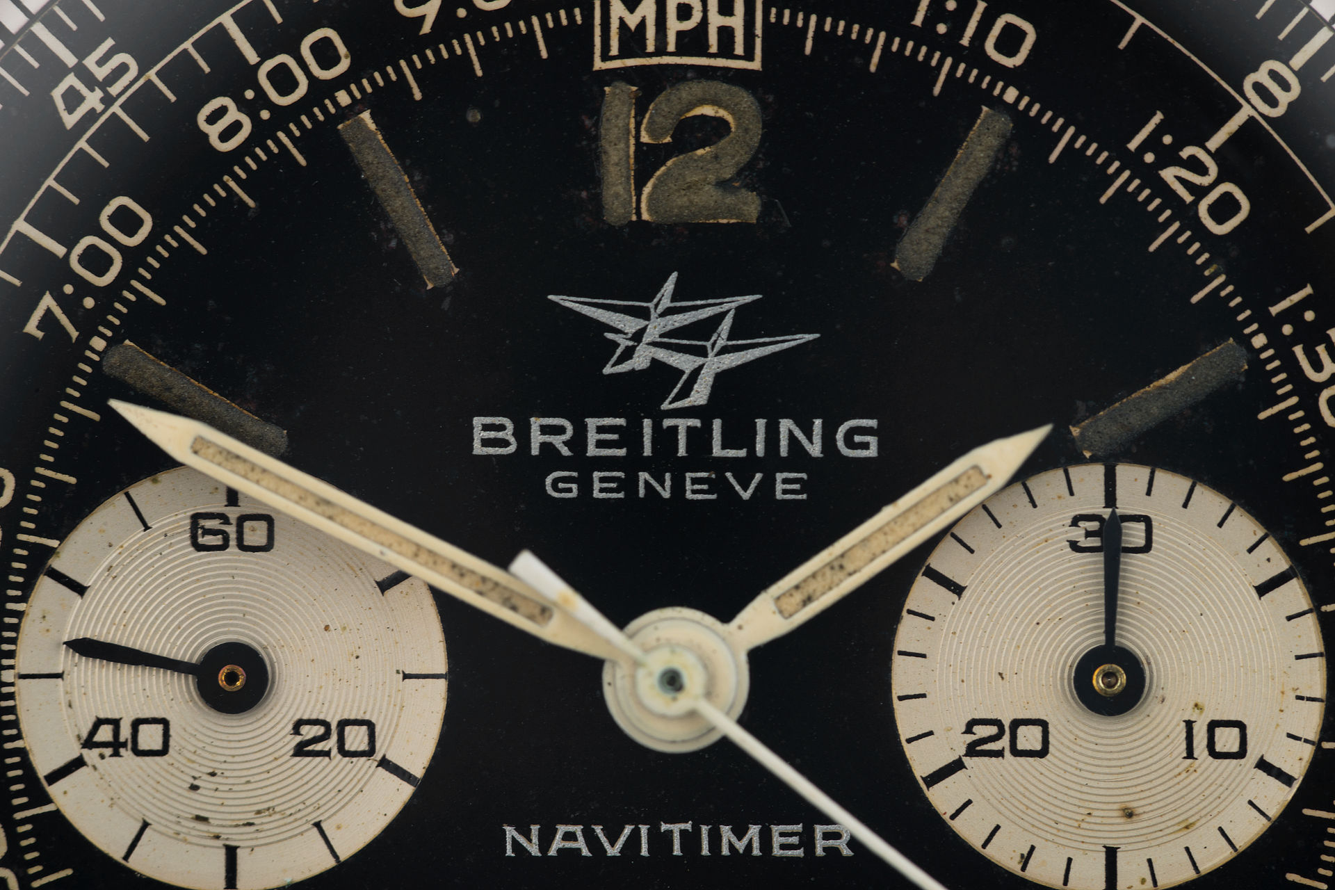 ref 806 | 'Twin Planes' from 1966 | Breitling Navitimer
