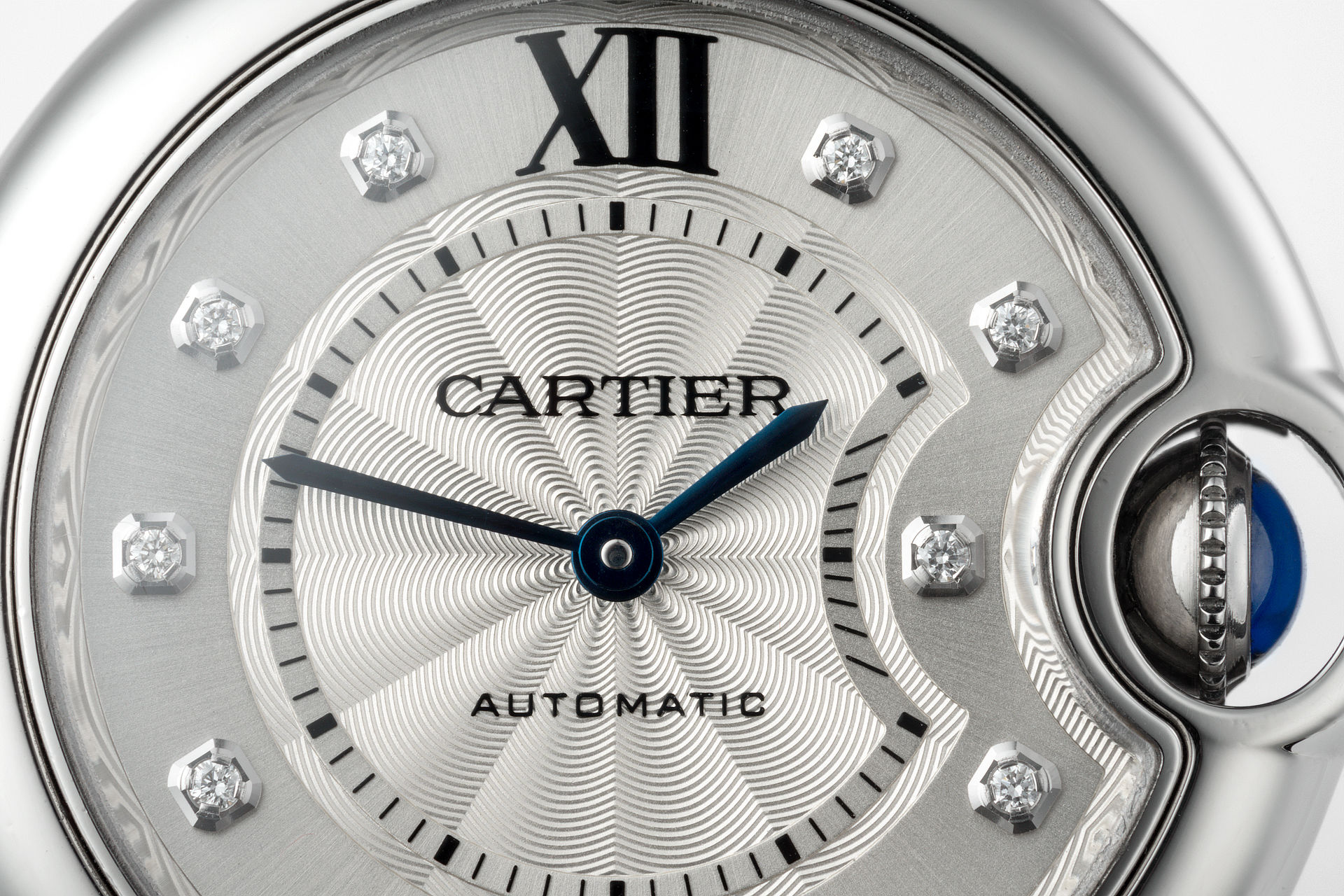 ref WE902074 | Diamond Set - Automatic | Cartier Ballon Bleu