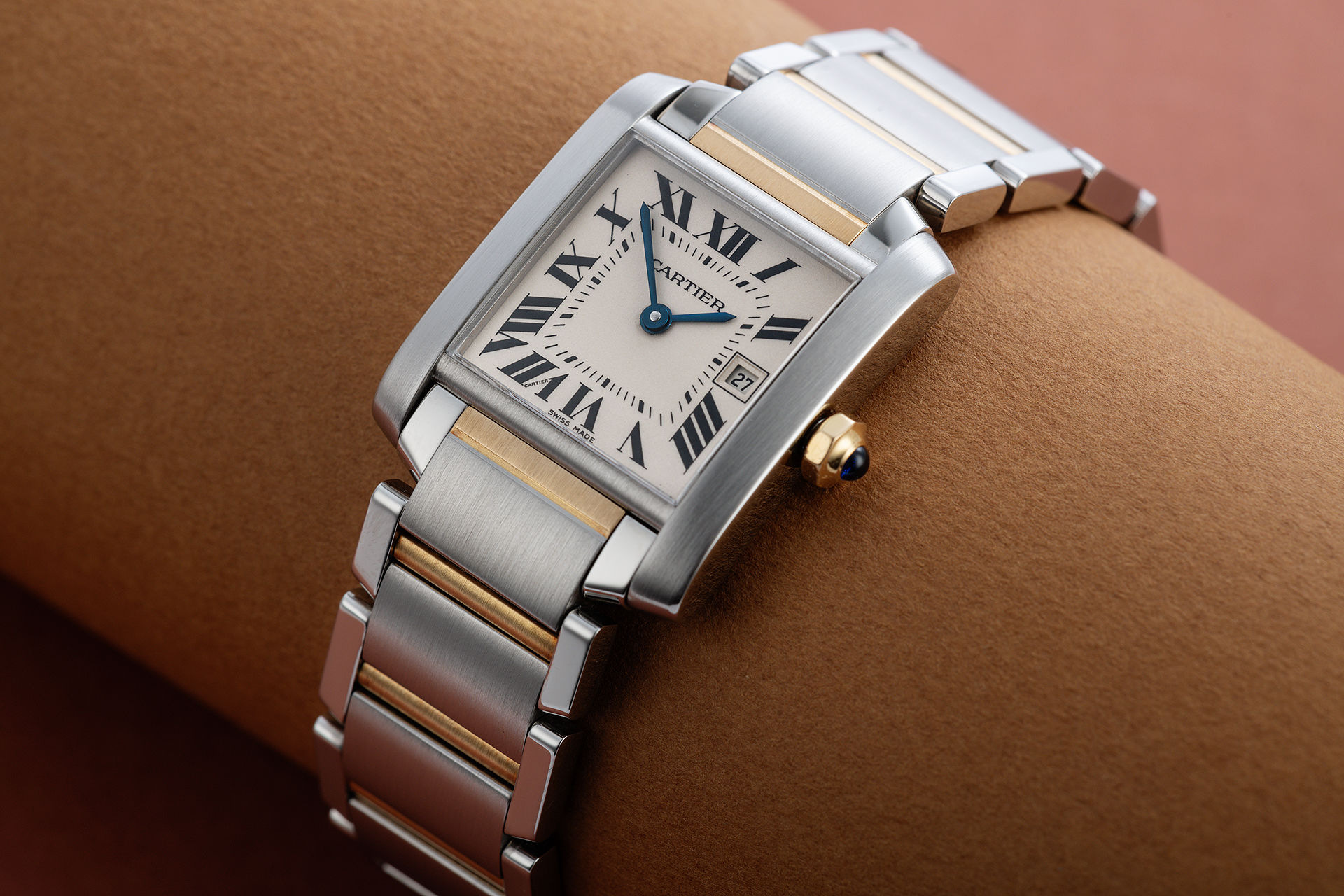 ref W51012Q4 | Classic Mid-Size 'Box & Papers' | Cartier Tank Française