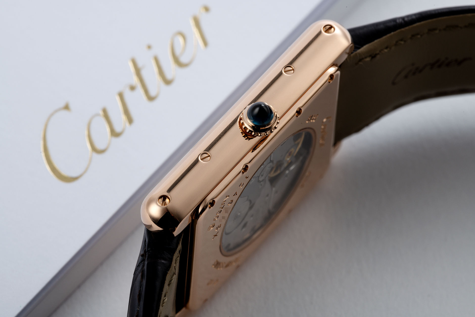18ct Rose Gold 'Power Reserve' | ref W1560003 | Cartier Tank Louis