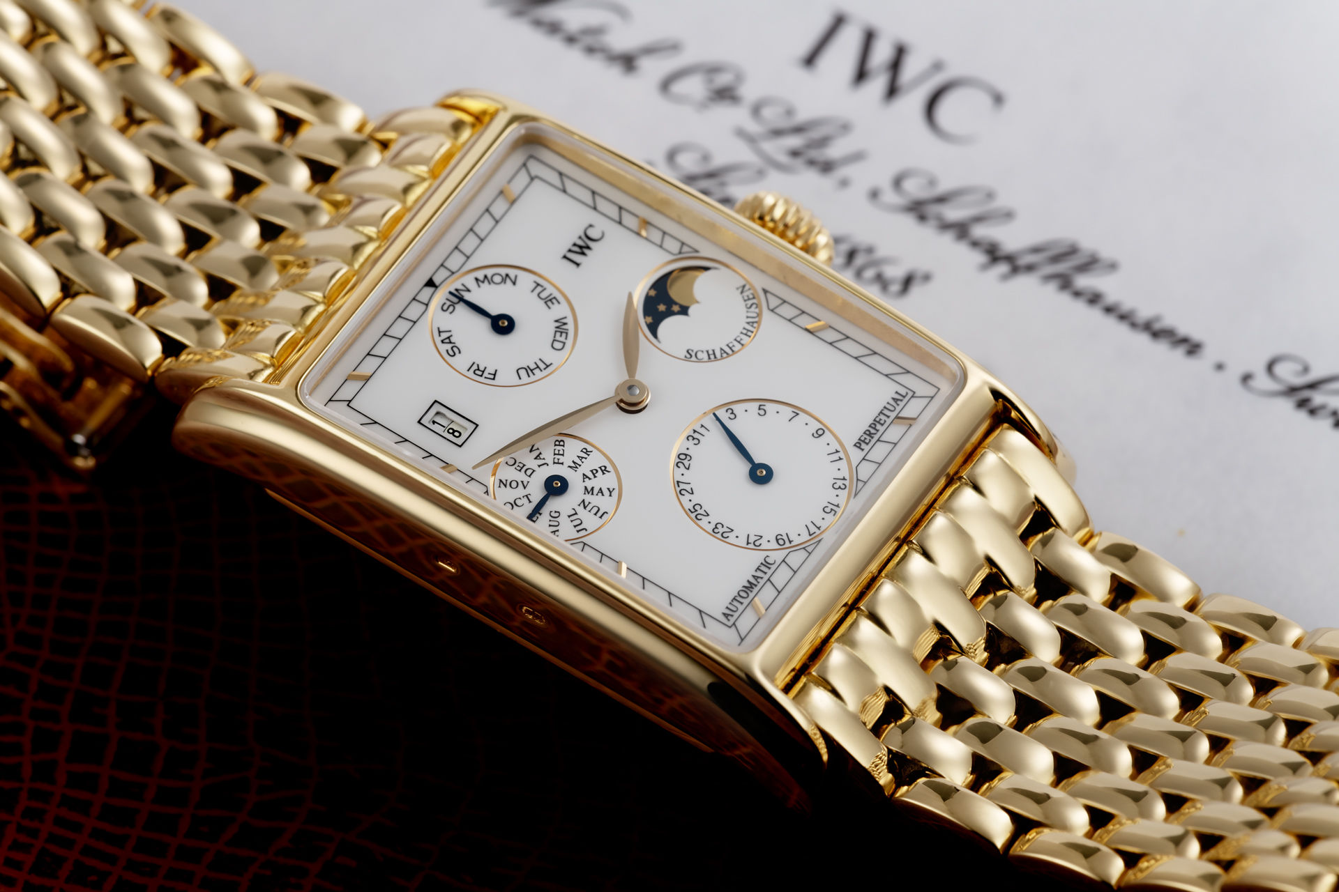 ref 3545 | 18ct Yellow Gold 'Full Set' | IWC Novecento