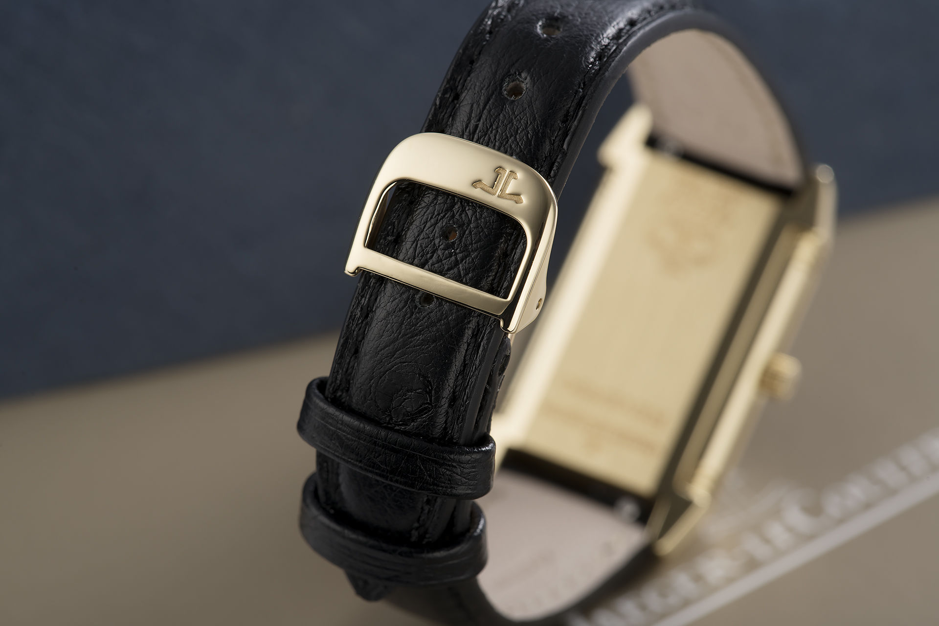 ref 260.1.08 | Yellow Gold | Jaeger-leCoultre Reverso