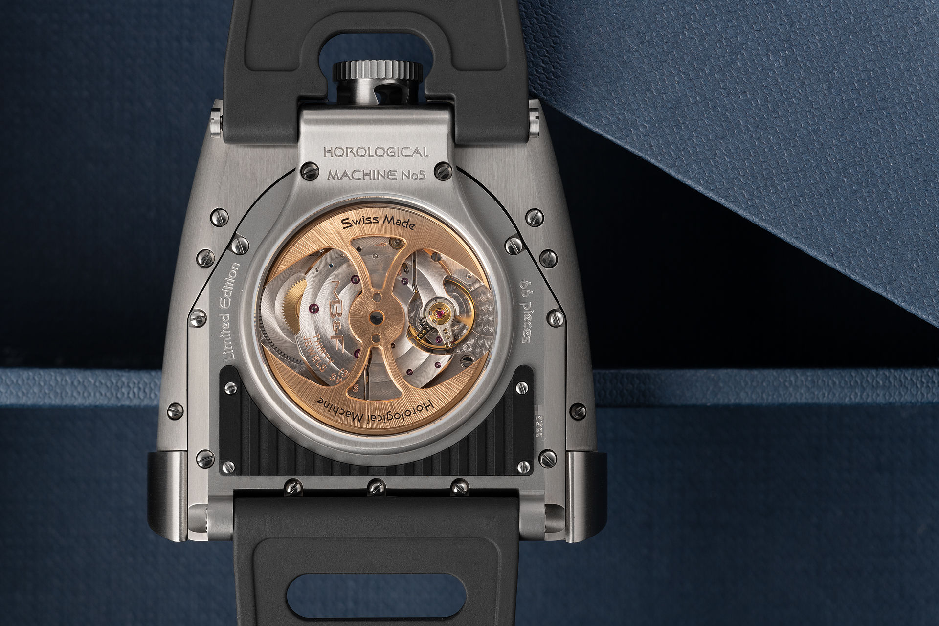 Limited Edition of 66 Pieces | ref 55.ZL.B | MB&F HM5