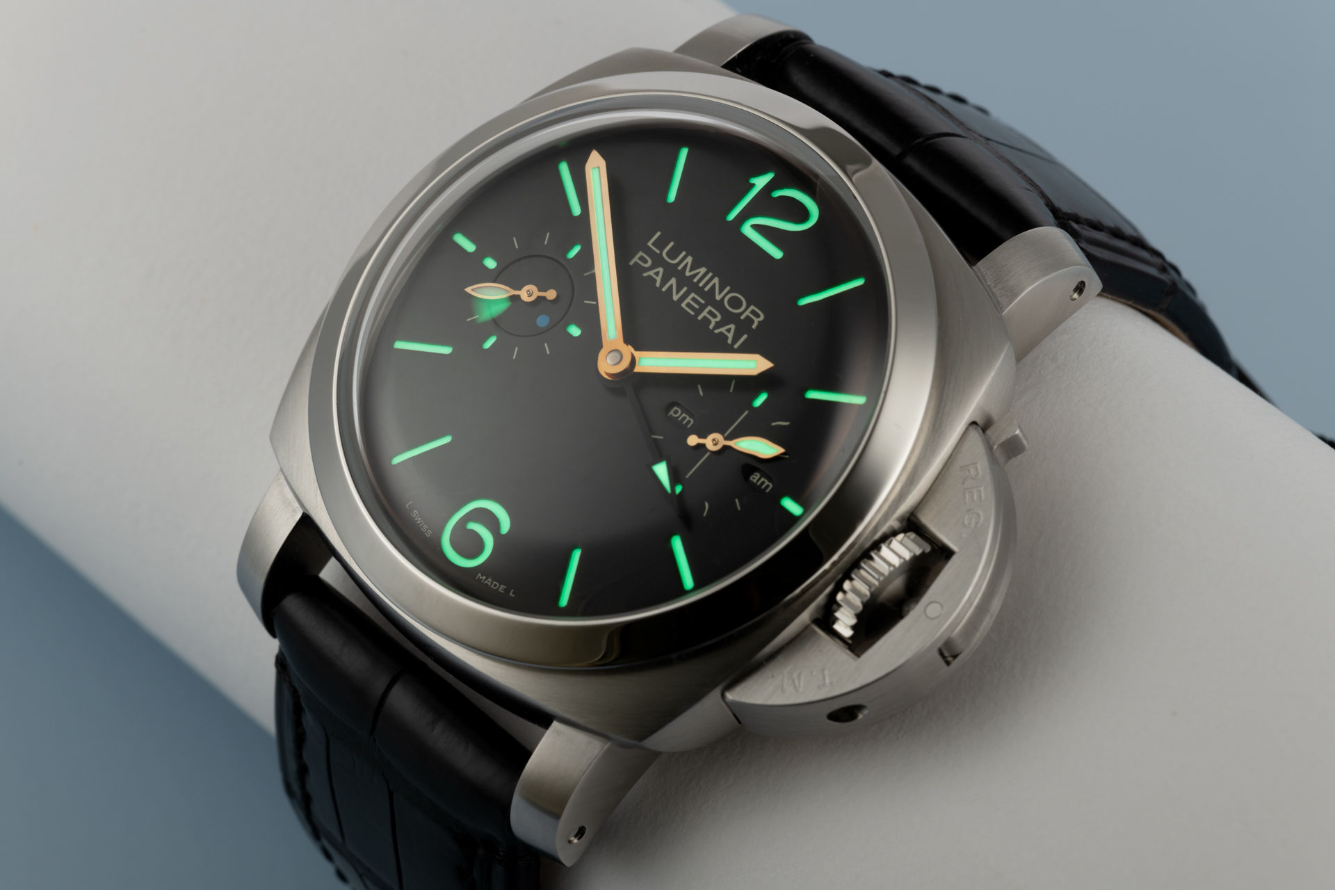 "Limited Edition ""100 Pieces"" 