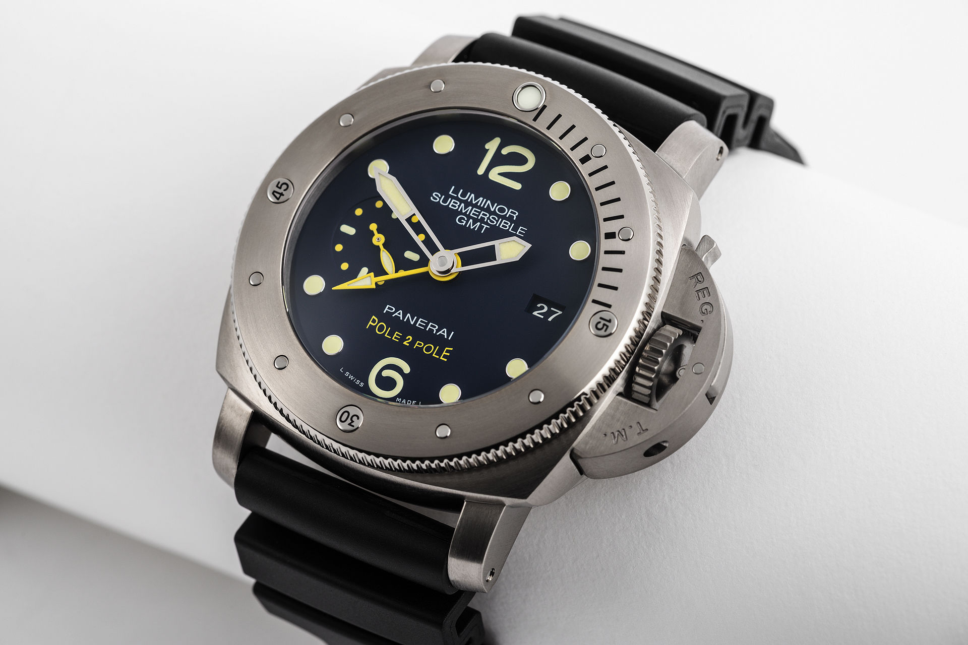 ref PAM00719 | Limited Edition Mike Horn | Panerai Pole to Pole Submersible GMT