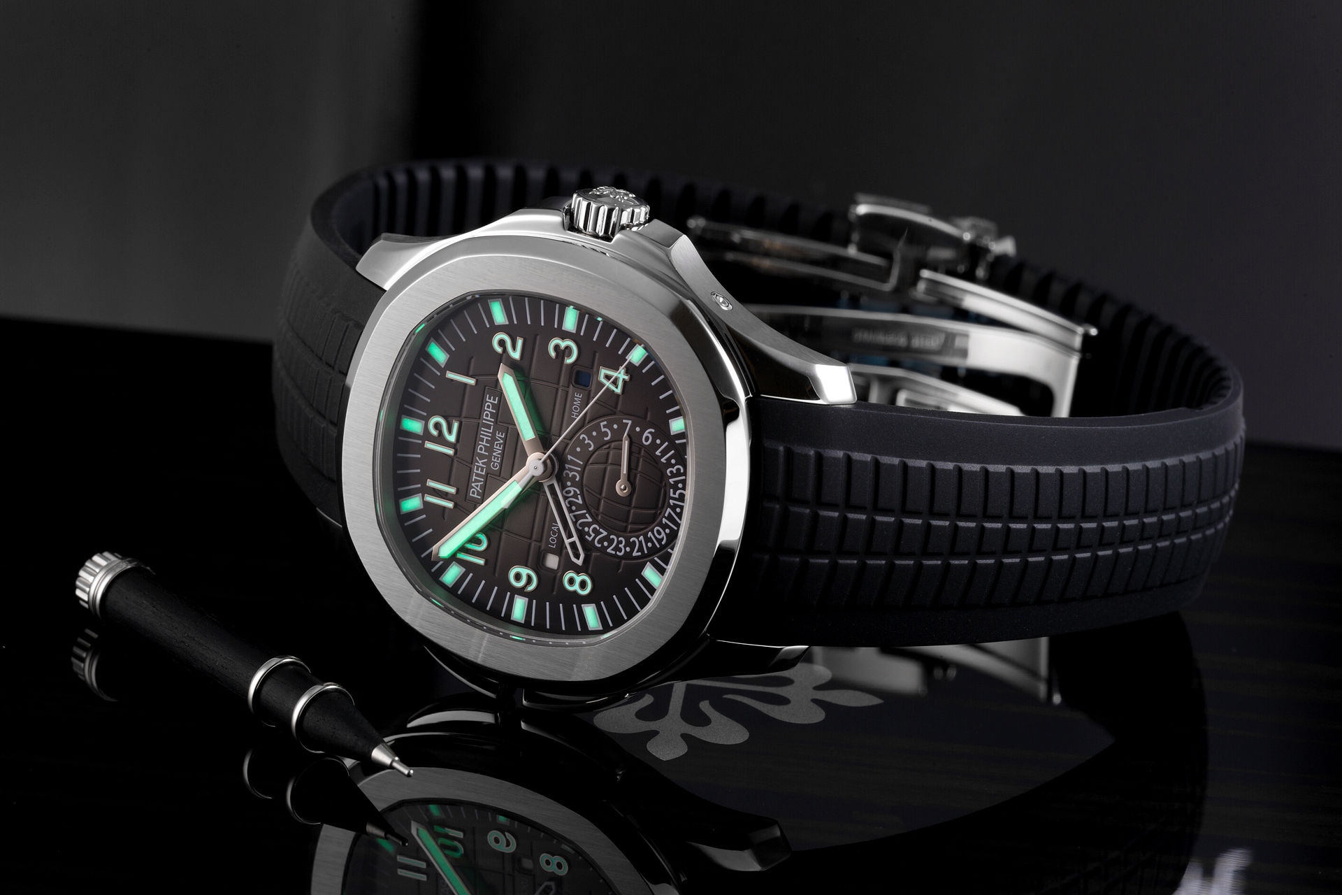 Patek Philippe Aquanaut Travel Time Watches Ref 5164a 001 Brand