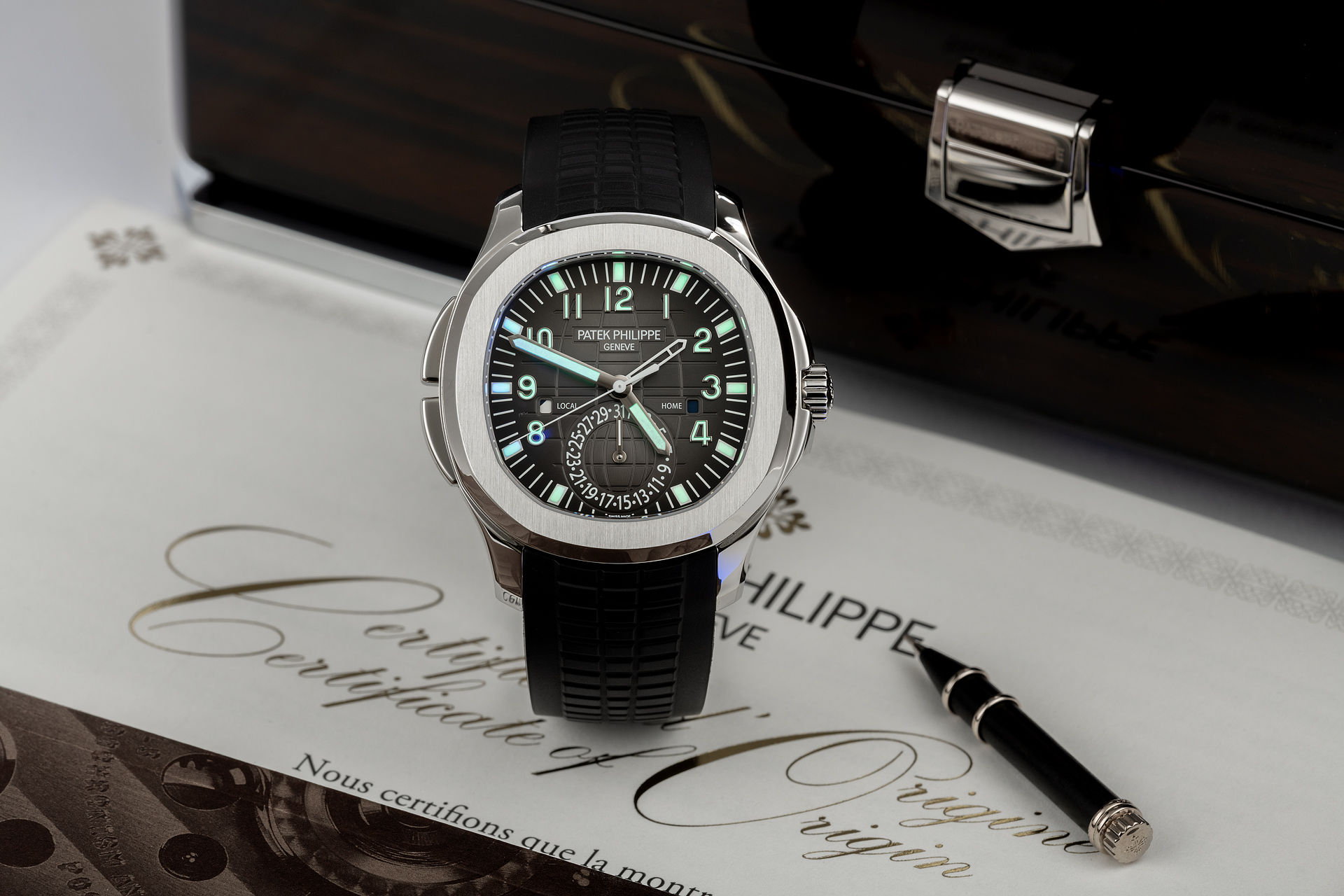 Patek Philippe Aquanaut Travel Time Watches | ref 5164A ...