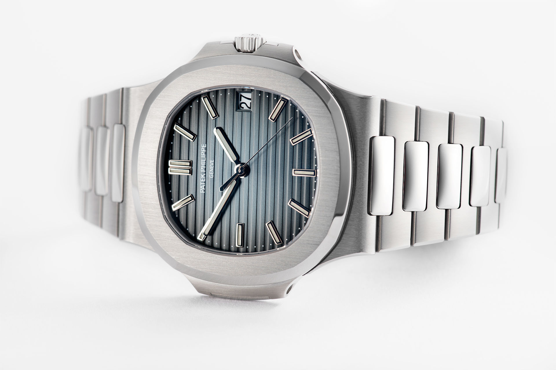 ref 5711/1A-010 | Like New Condition | Patek Philippe Nautilus