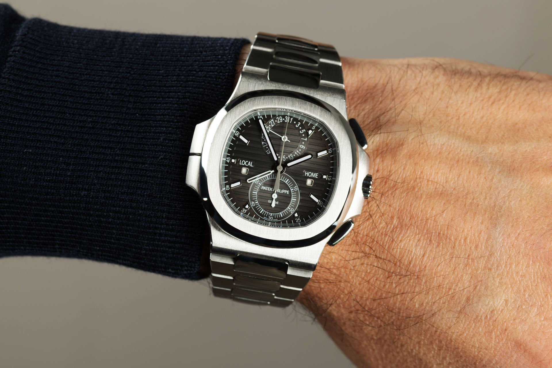 Travel Time Complete Set | ref 5990/1A-001 | Patek Philippe Nautilus