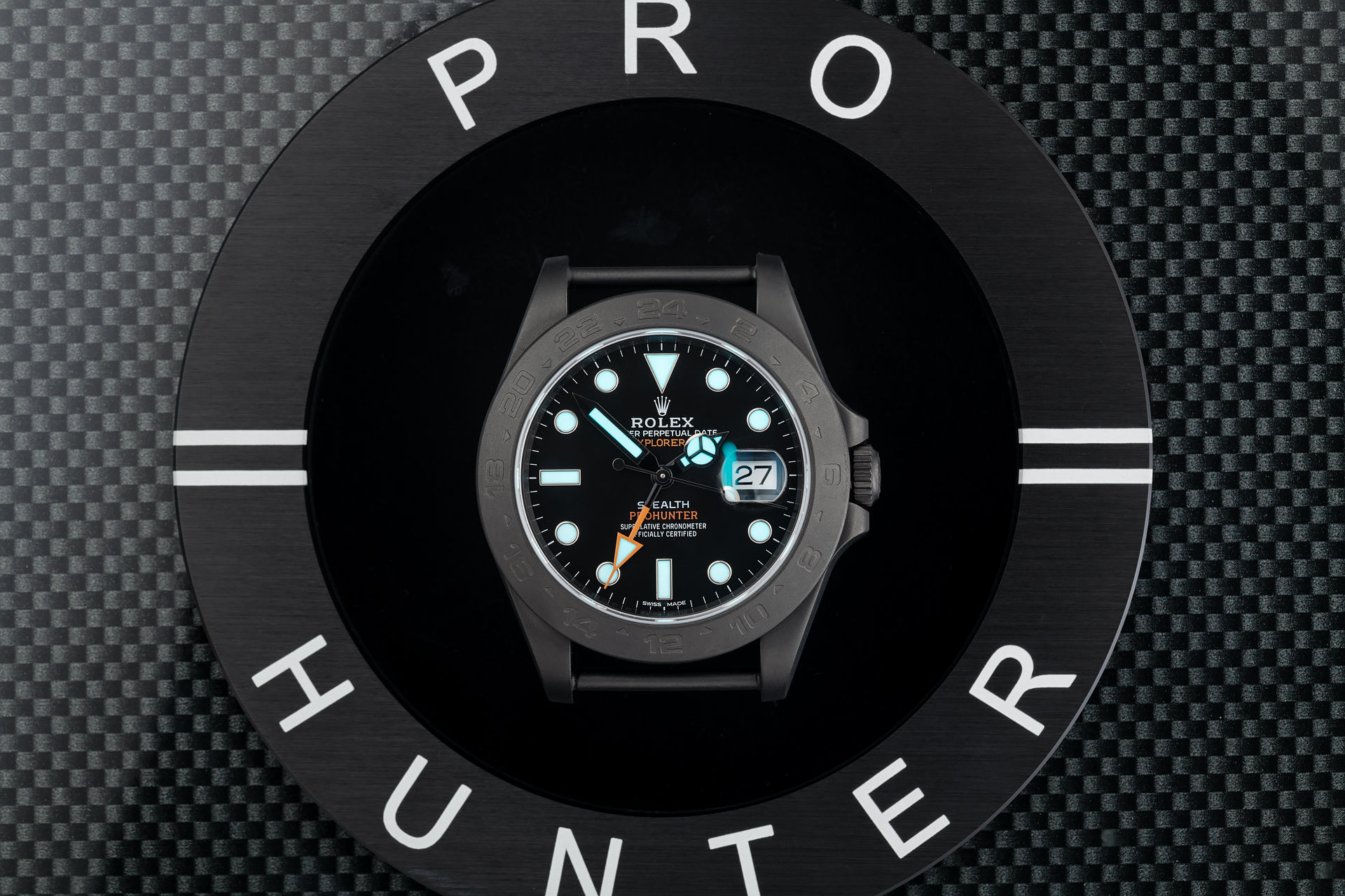 ref 216570 | Military 'Stealth McQueen' | Pro Hunter Explorer II