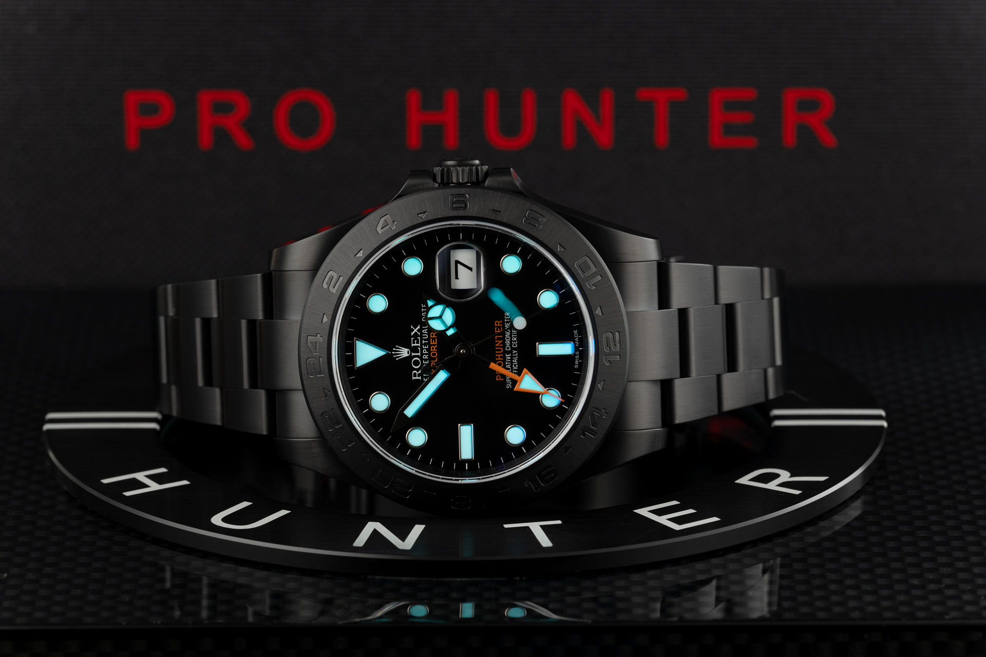 ref 216570 | 'One of 100' | Pro Hunter Explorer II