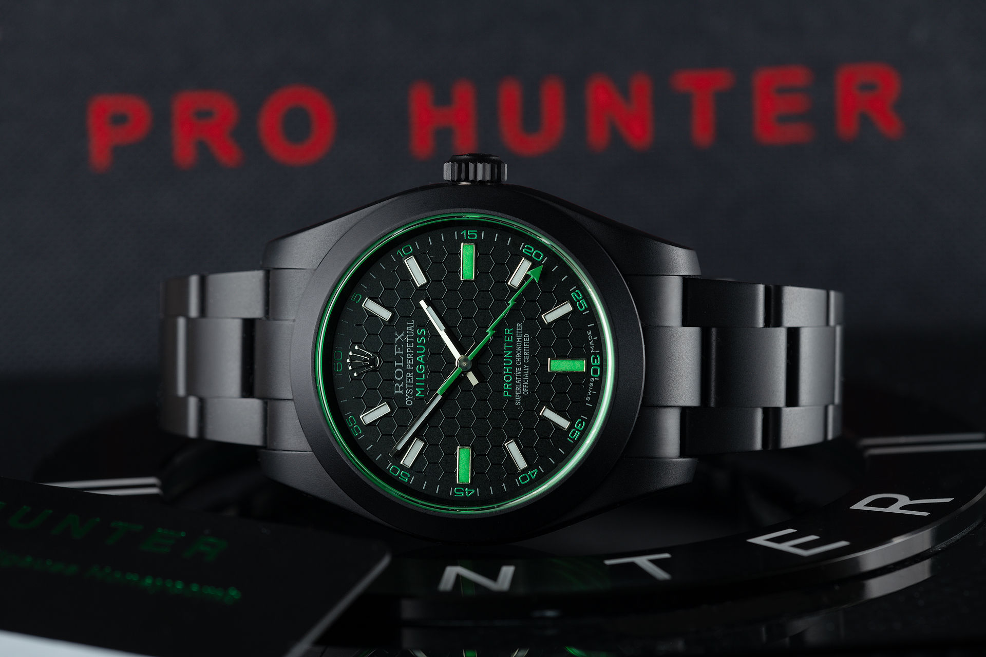 ref 116400GV | One of 100 | Pro Hunter Milgauss