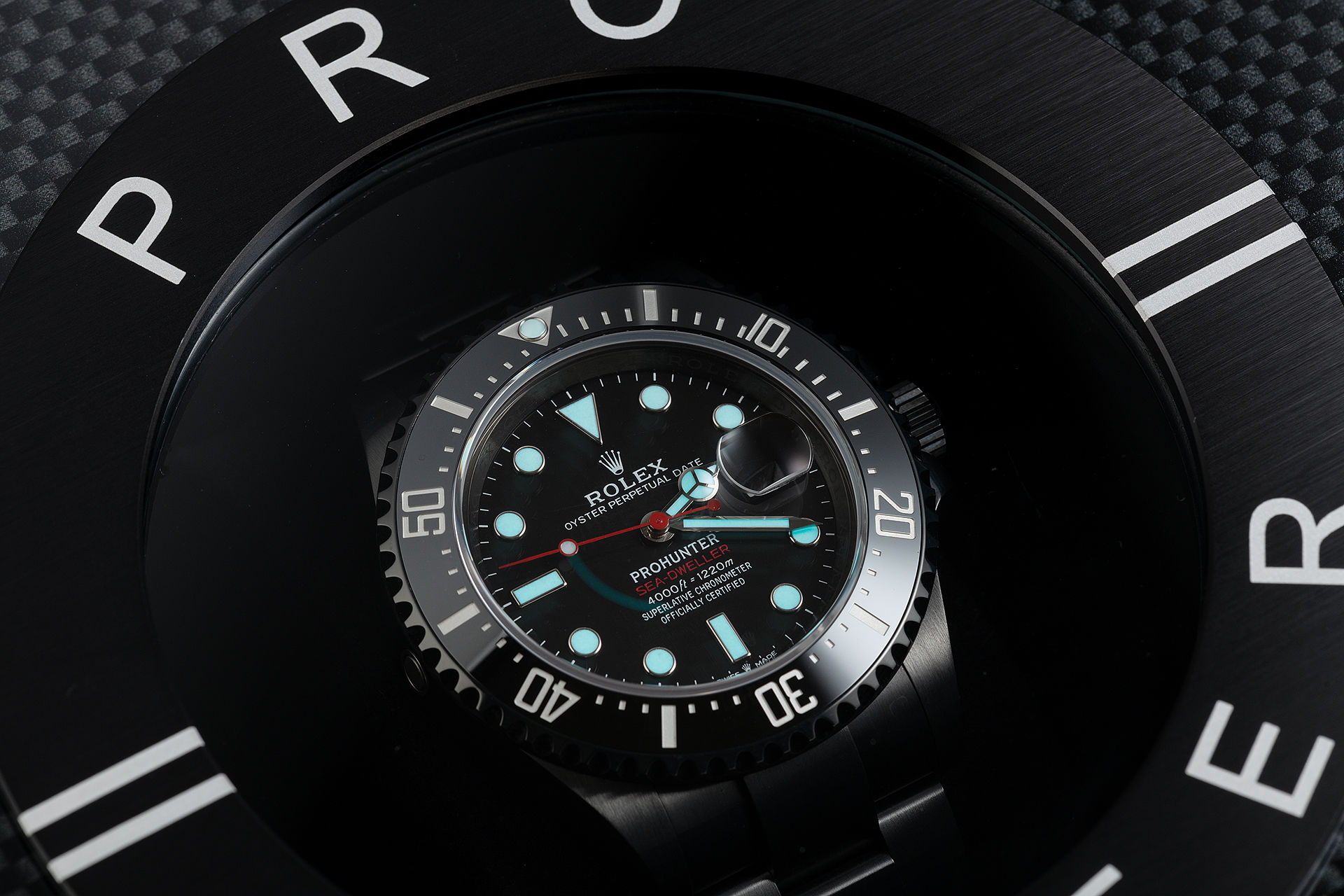 ref 126600 | New 'Red Writing' One of 100 | Pro Hunter Sea-Dweller