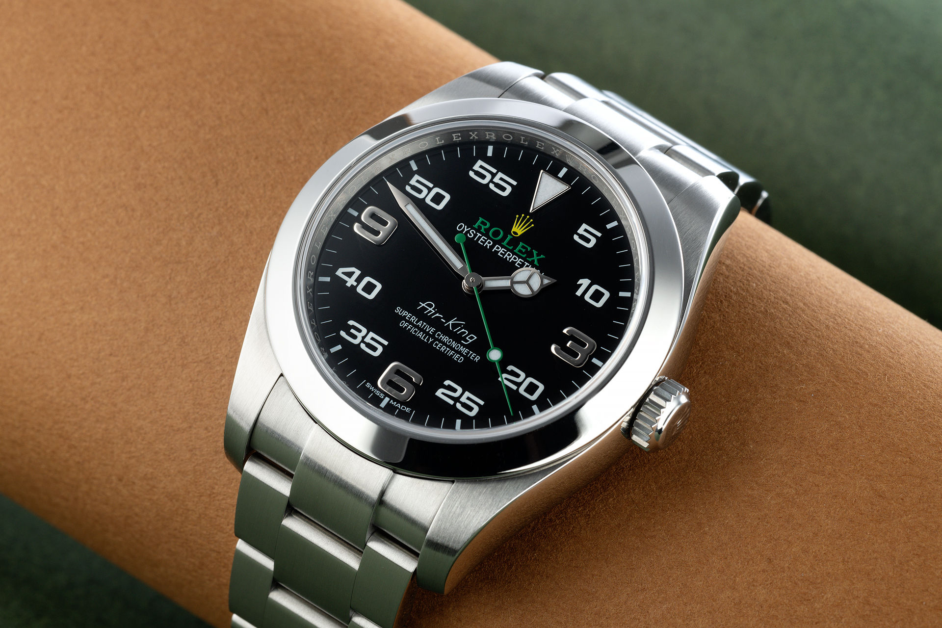 ref 116900 | 'Bloodhound Dial' Full Set | Rolex Air-King