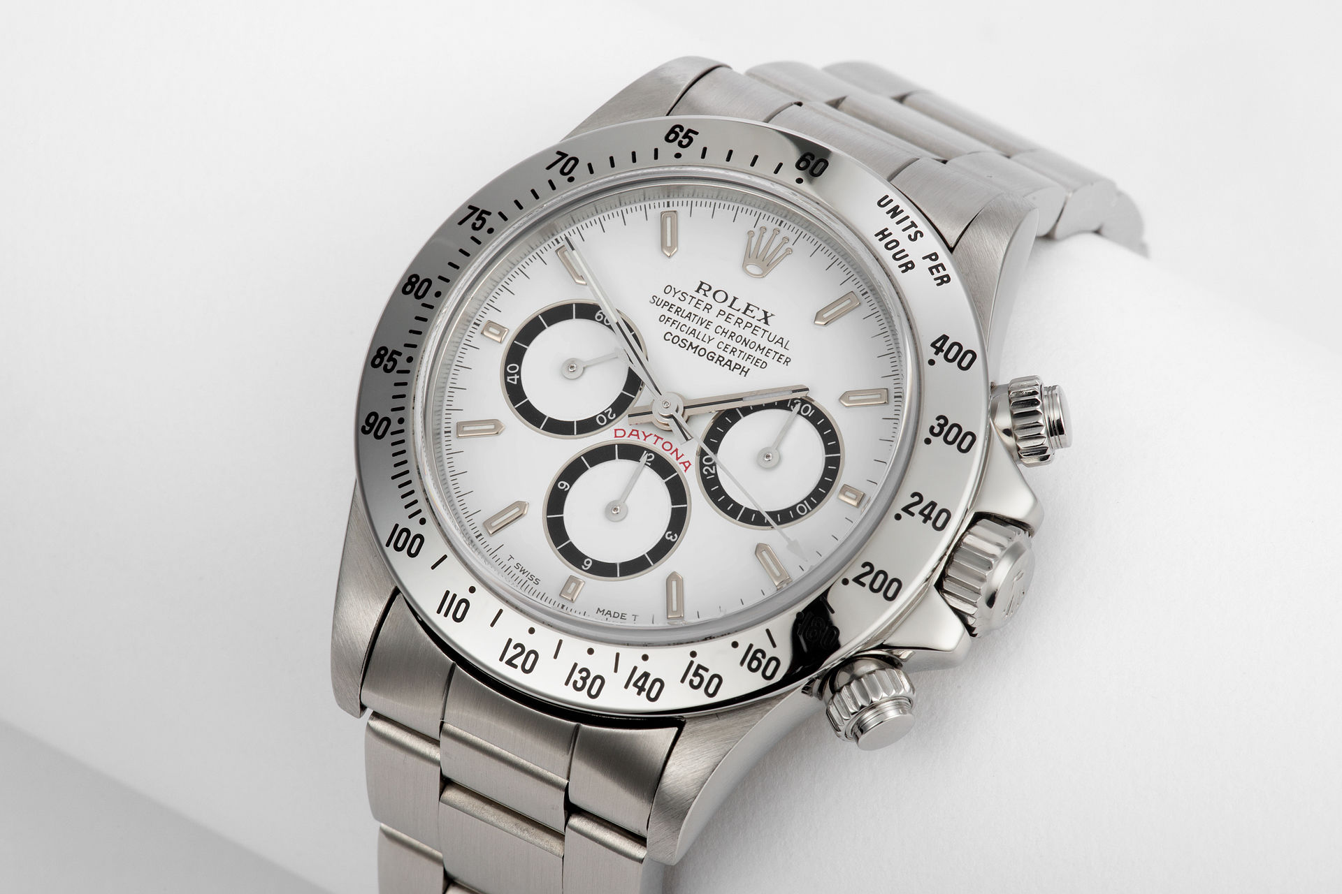 ref 16520 | L Series 'Serifed Dial' | Rolex Cosmograph Daytona