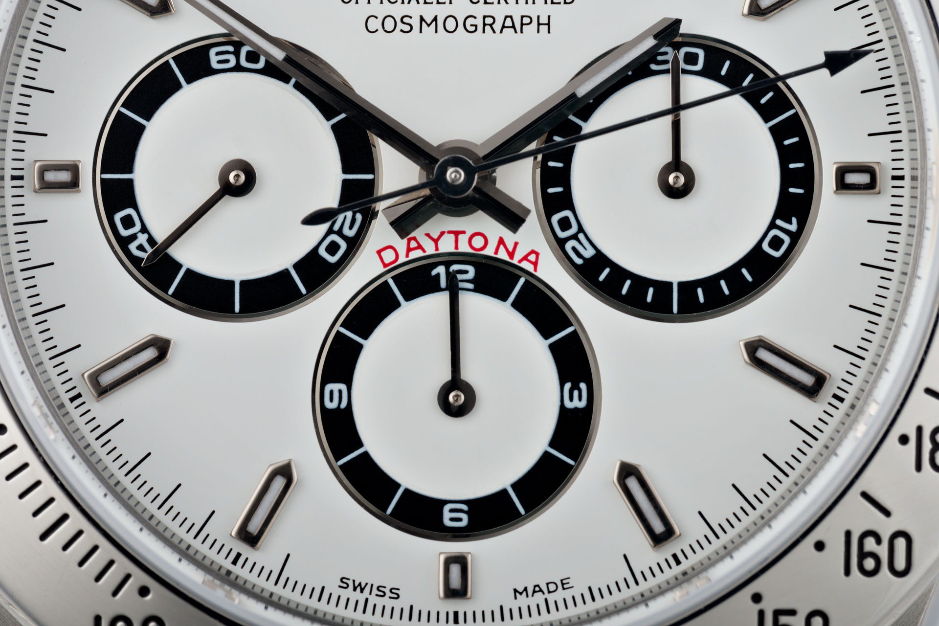ref 16520 | Zenith Movement 'Luminova' | Rolex Cosmograph Daytona