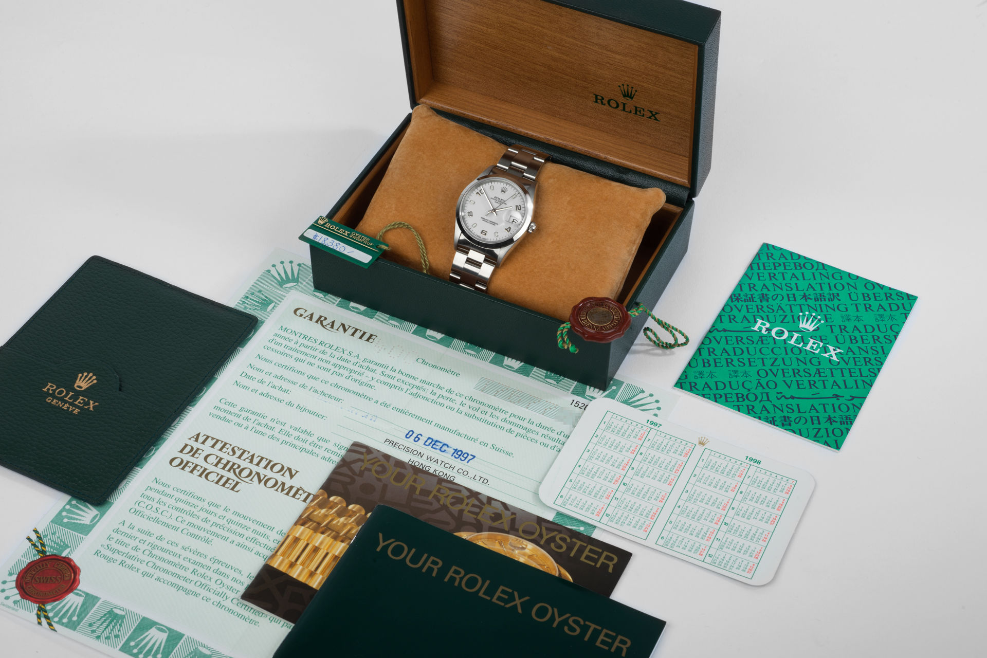 ref 15200 | 34mm 'Box and Papers' | Rolex Date