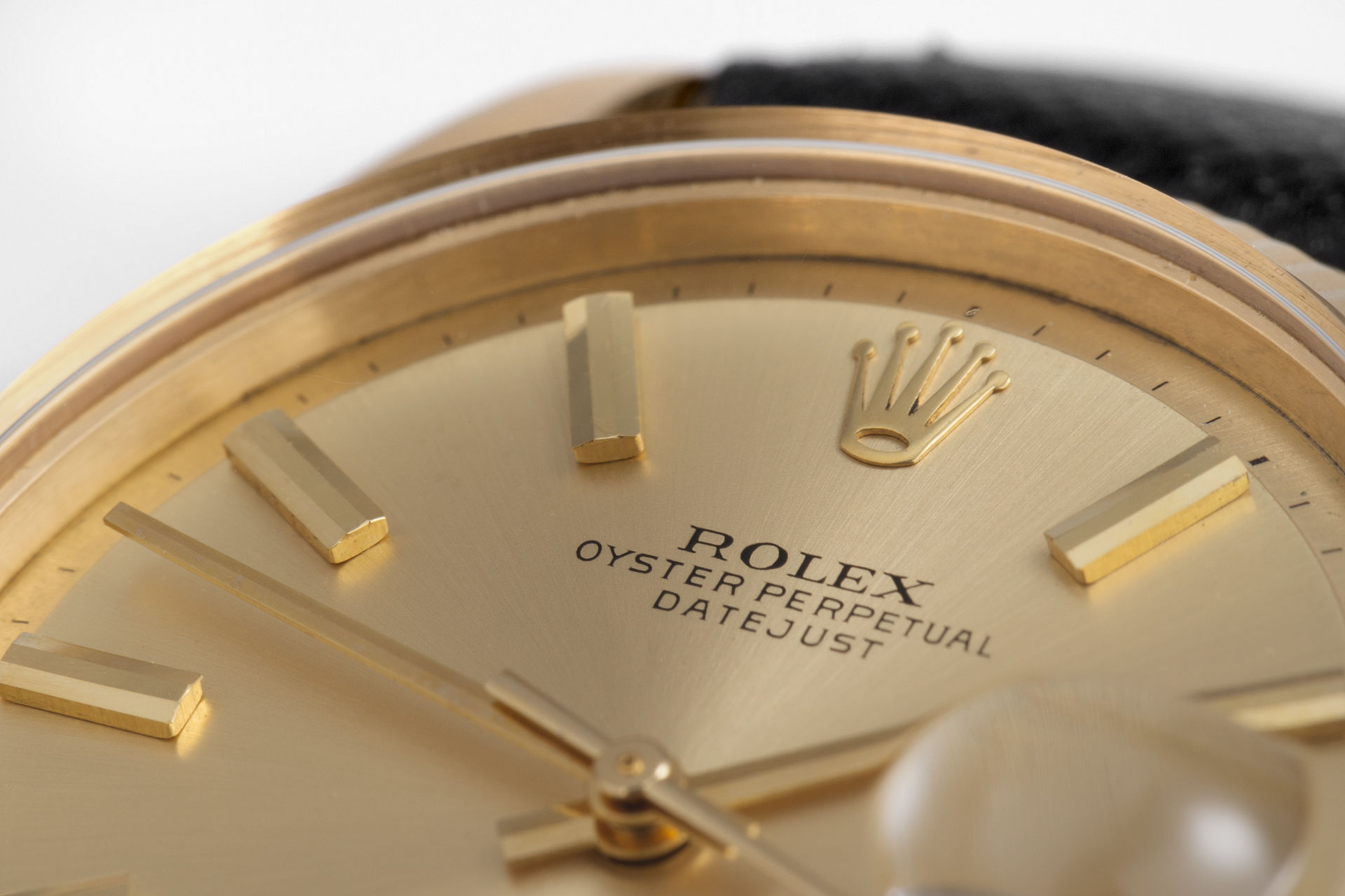 ref 6605 | 18ct Yellow Gold 'Butterfly Rotor' | Rolex Datejust