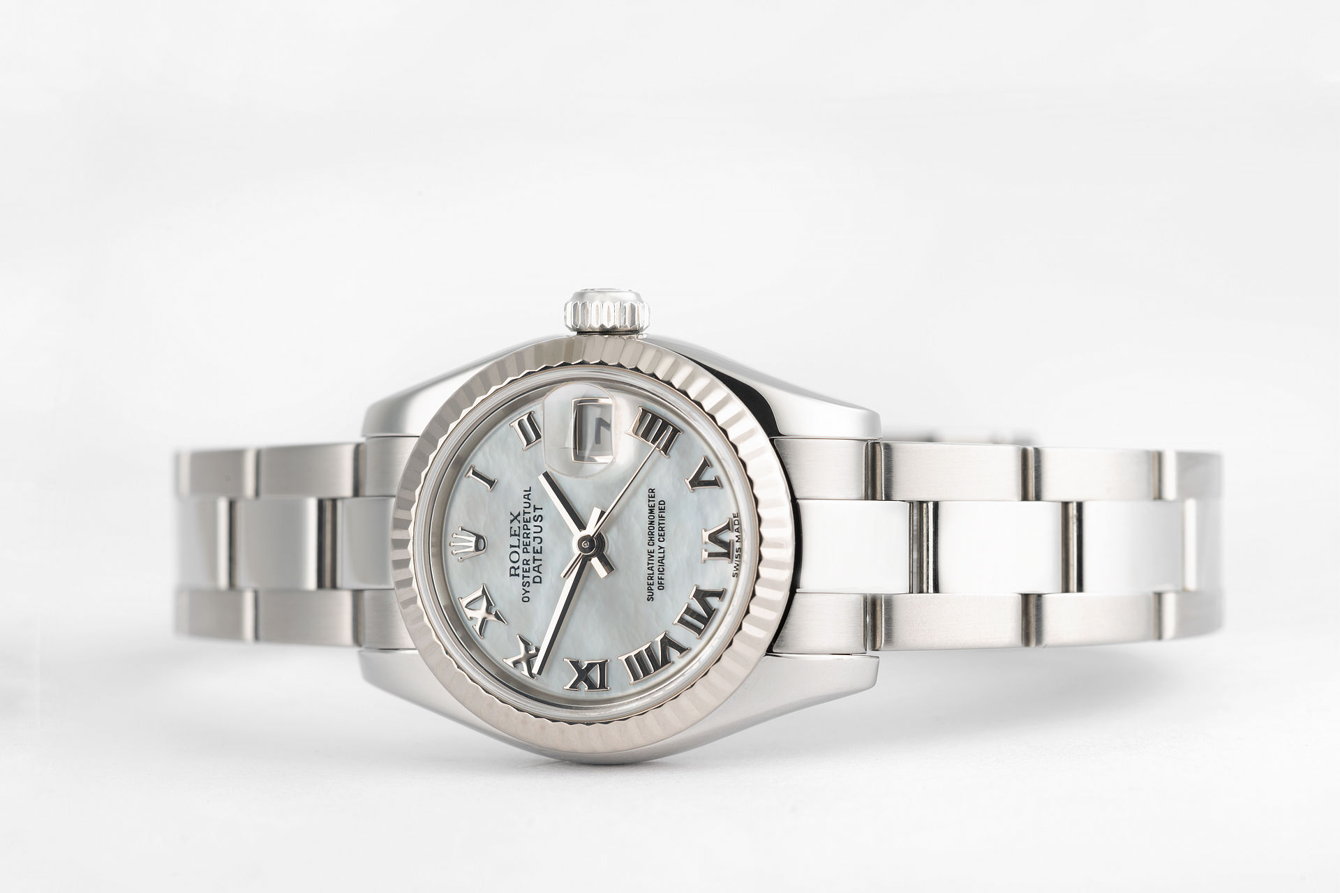 ref 179174 | Mother Of Pearl 'White Gold Bezel' | Rolex Datejust