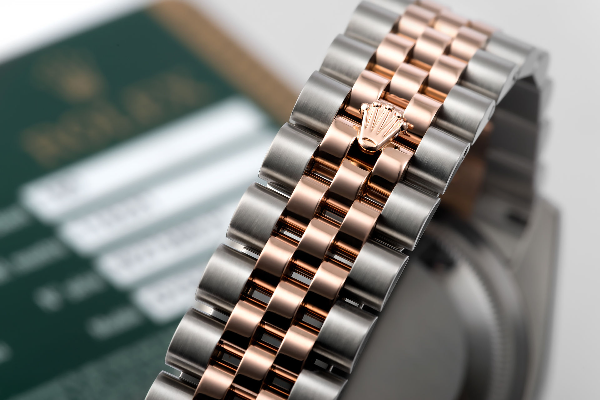 ref 116231 | Rose Gold & Steel 'Complete Set' | Rolex Datejust