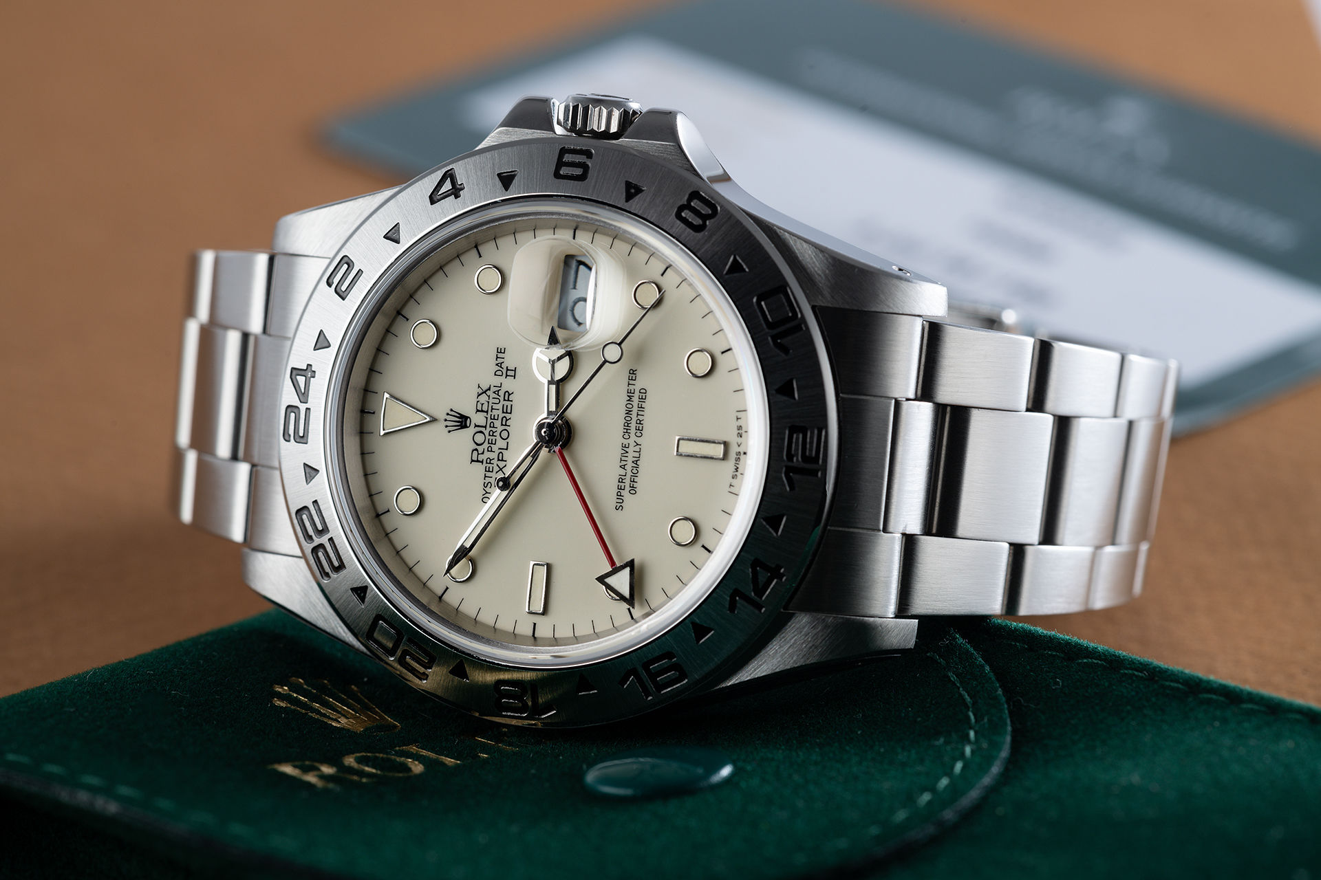 ref 16550 | Rare 'Non Rail' Transitional Model | Rolex Explorer II