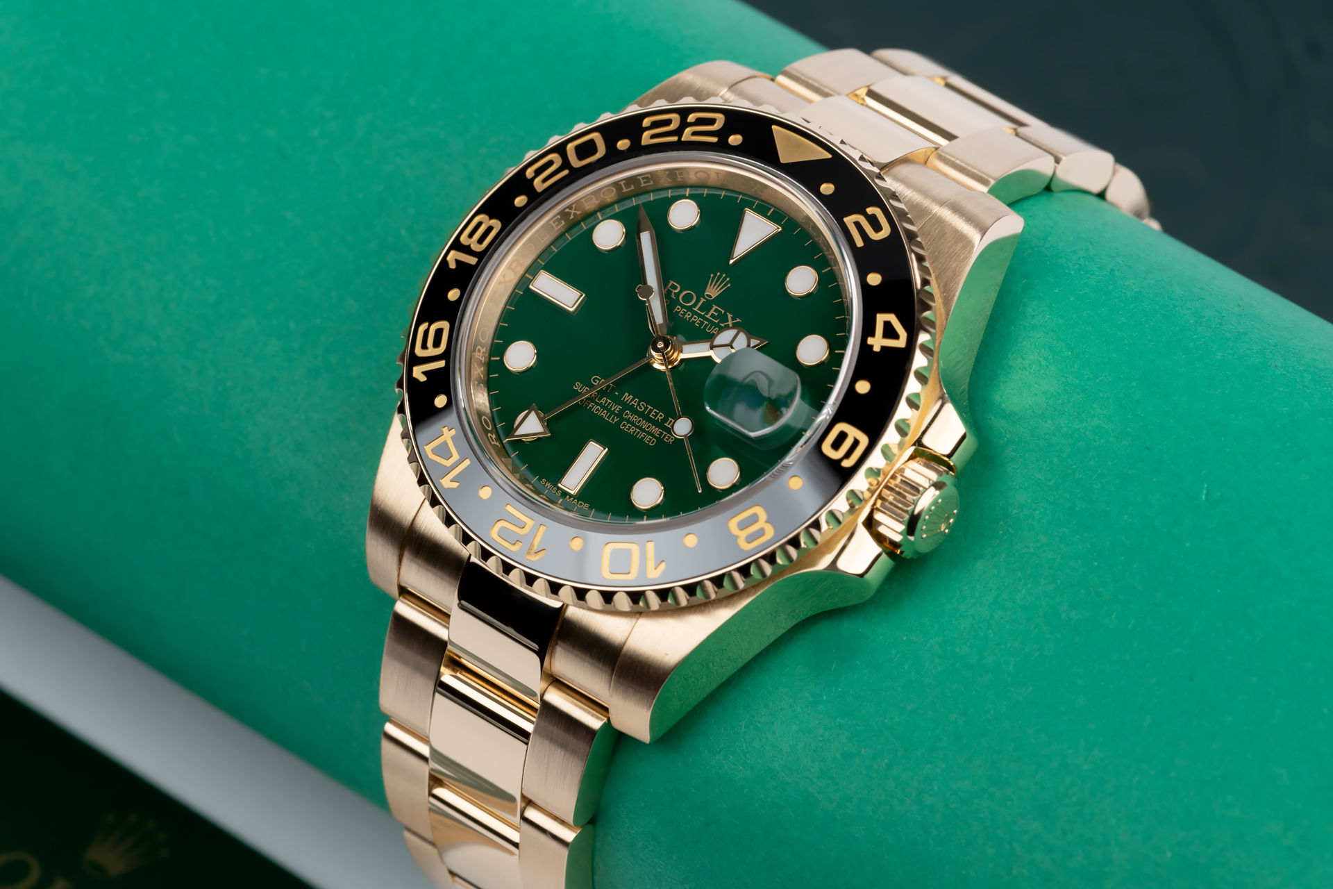 ref 116718LN | Solid Gold 'Full Set' | Rolex GMT-Master II