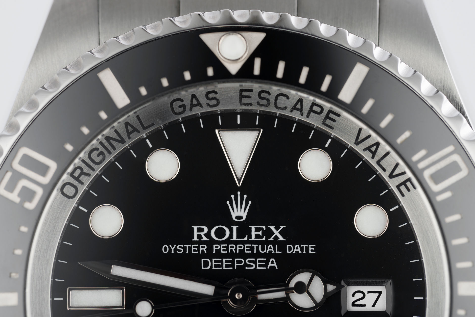 ref 116660 | 44mm Box & Papers | Rolex Sea-Dweller Deepsea