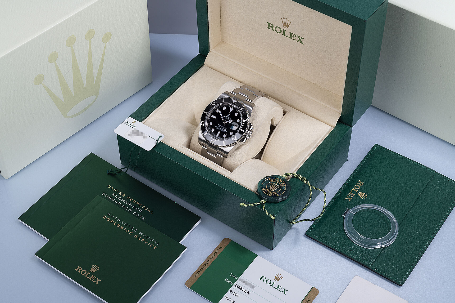 ref 116610LN | No Longer In Production | Rolex Submariner Date