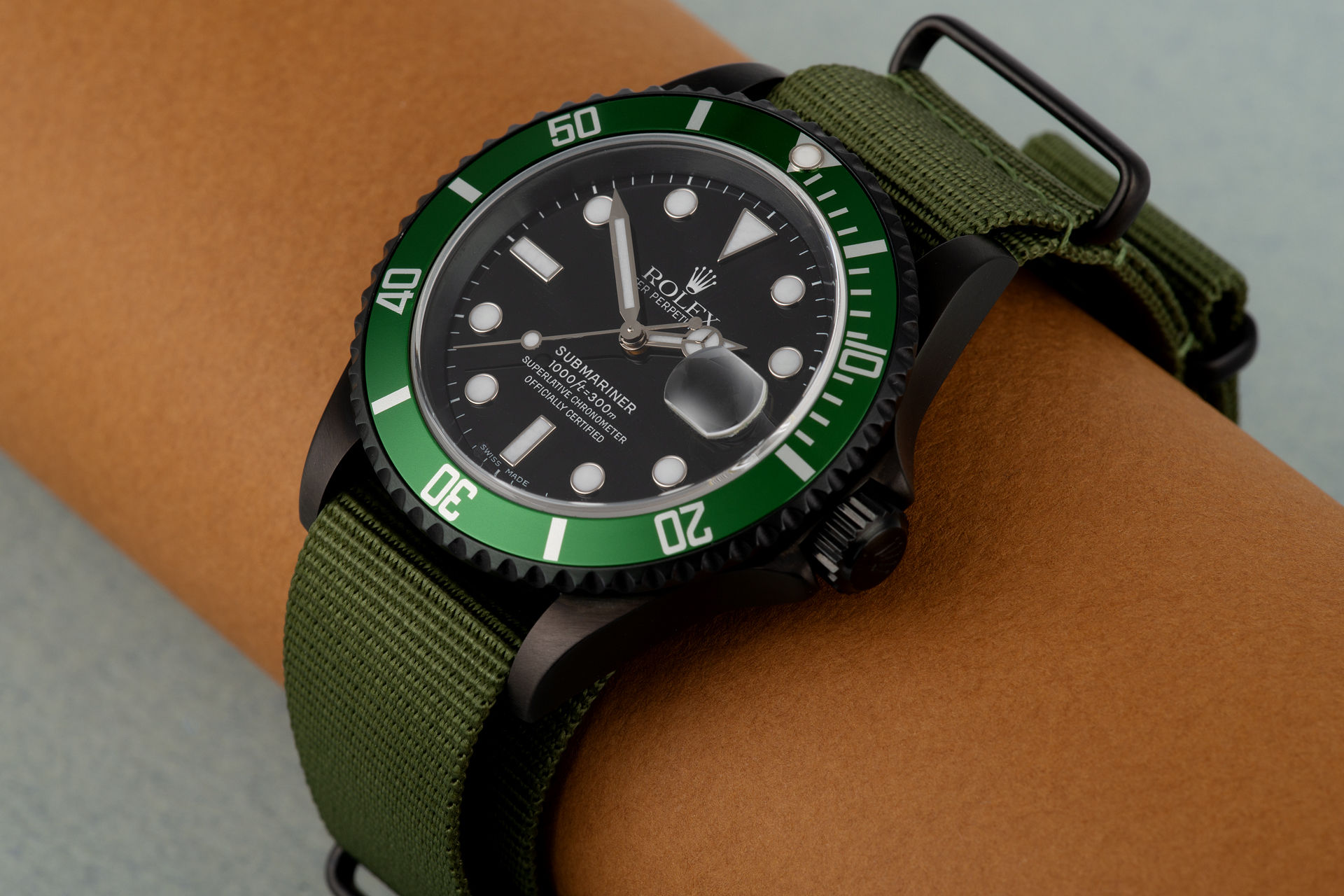 ref 16610LV | Special Blackened Edition | Rolex Submariner Date