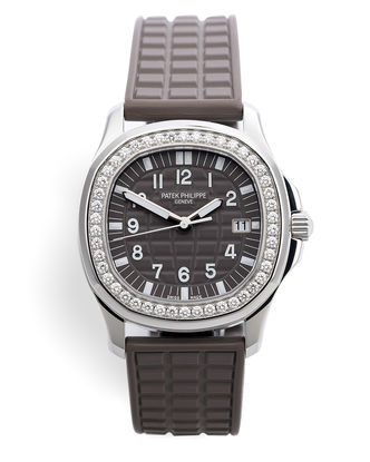 ref 5067A-023 | Complete Set 'Safari' | Patek Philippe Aquanaut